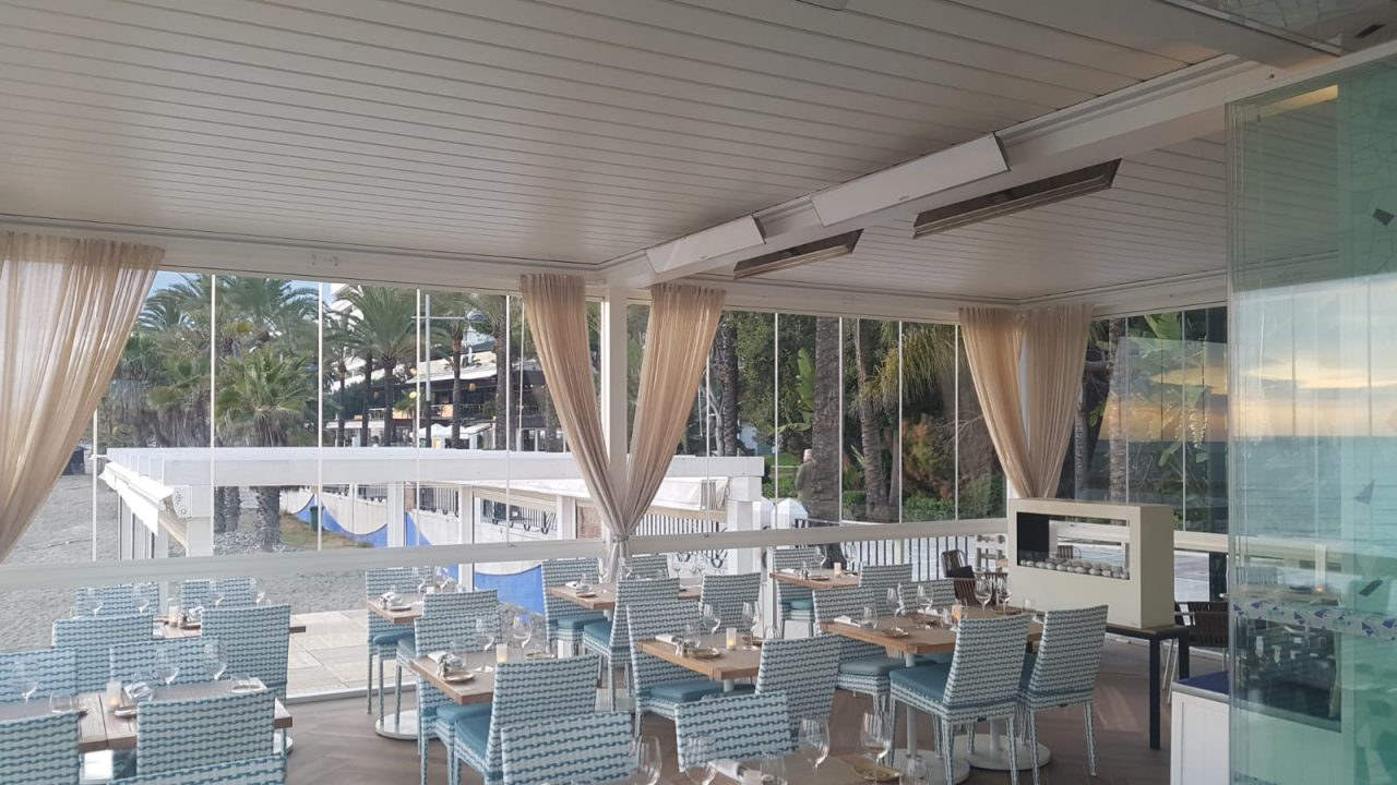retractable awnings review