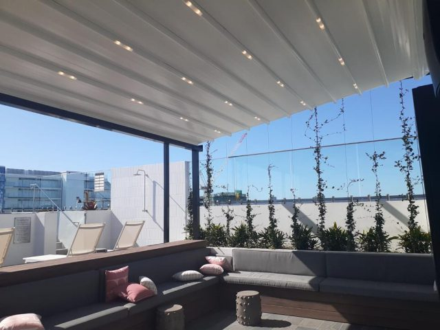 retractable awnings and blinds brisbane