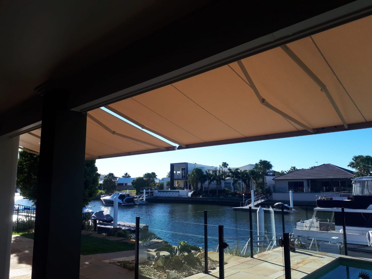Retractable Folding Arm Awning